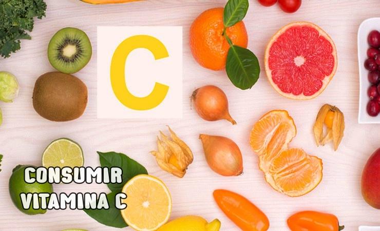 Consumir Vitamina C para eliminar los moretones